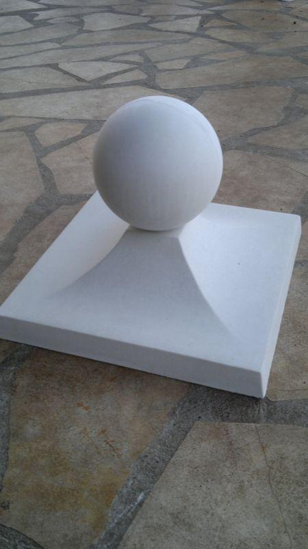 pyramide abdeckplatte mit kugel f r tor und zaunspfeiler. Black Bedroom Furniture Sets. Home Design Ideas