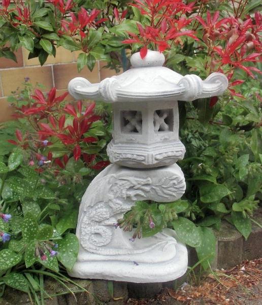 feng shui gartenfigur japan lampe drachen steinguss 33 cm skulptur gartendeko ebay. Black Bedroom Furniture Sets. Home Design Ideas