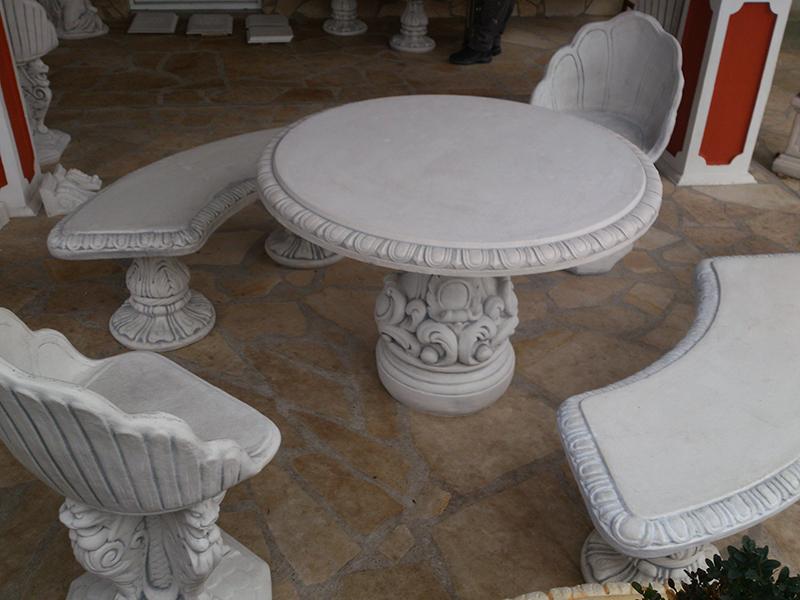 Gartendeko 2 b nke 2 sessel 1 tisch steinguss for Gartendeko tisch